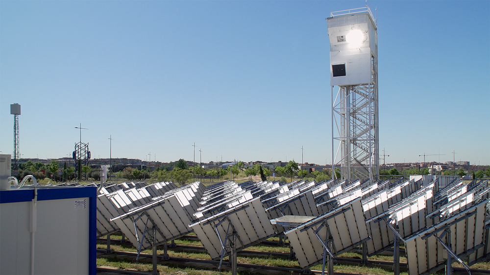 Horizon 2020: SUN-to-LIQUID produces solar kerosene from sunlight, water and CO2