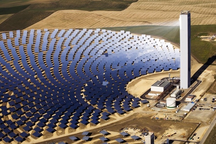 Add Hydrogen Combustion to a Solar Reactor for Carbon-Free Mining and Mineral Processing